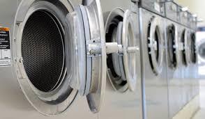 洗濯機を購入して部屋に置くのとコインランドリーはどっちが安くて得か計算してみた