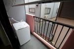 一人暮らしで外に洗濯機を置くタイプの物件のメリットとデメリットまとめ