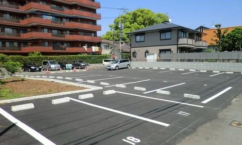 賃貸物件の駐車場無料のデメリットとは?月極駐車場とどっちがオトク?