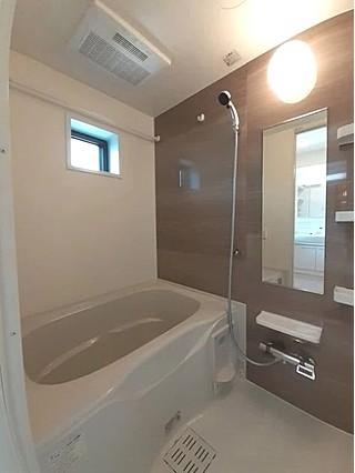 新築風呂場