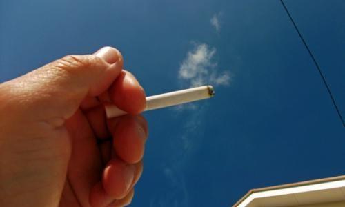 賃貸でのタバコのヤニによる退去費用はいくら?ヤニ汚れは落とせる?