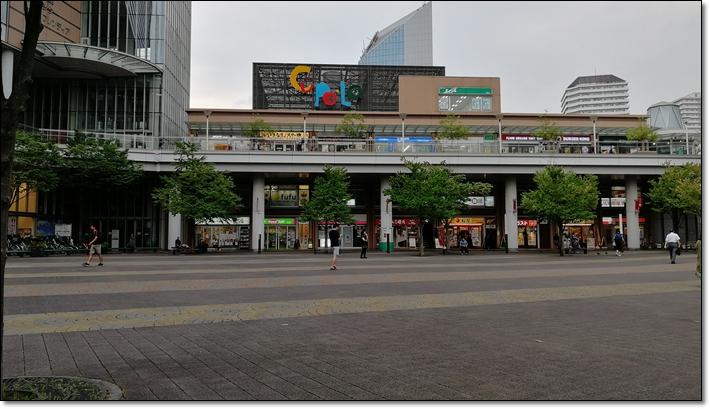 川口東口広場